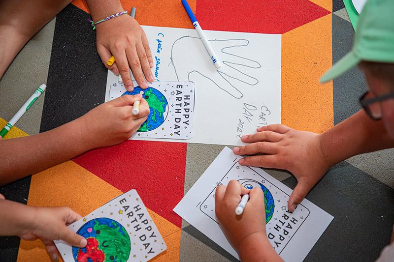 kids drawing earth hour